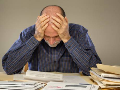 How to avoid installment loan debt traps with monthly repayments