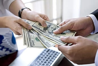 Do You Need Cash Now? A Payday Loan Can Help!